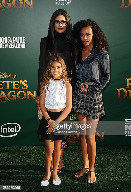 Designer Rachel Roy and daughters Tallulah Ruth Dash and Ava Dash attend the premiere of Pete's Dragon at the El Capitan Theatre on August 8 2016 in...