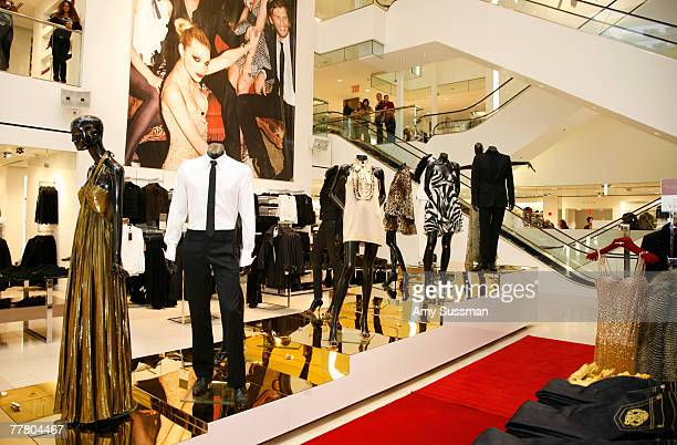 Designer Roberto Cavalli's new collection at HM held at the HM on 5th Avenue on November 8 2007 in New York City