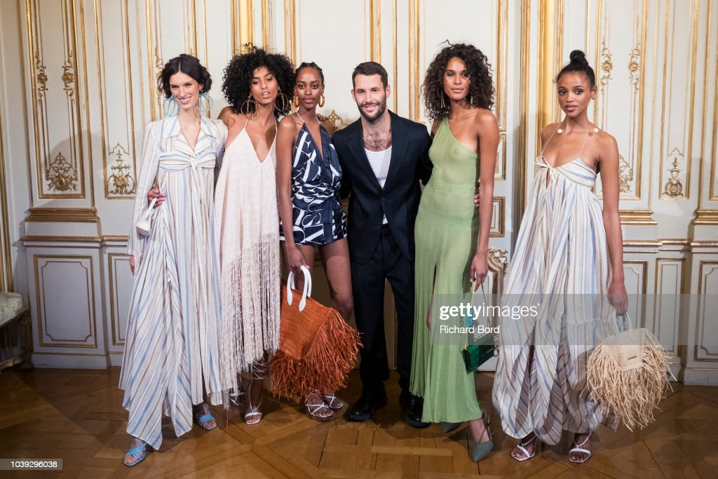 Jacquemus: Runway - Paris Fashion Week Womenswear Spring/Summer 2019