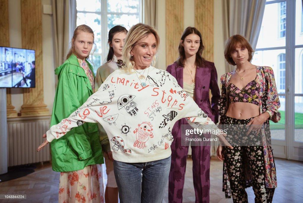 Paul & Joe : Backstage - Paris Fashion Week Womenswear Spring/Summer 2019 : ニュース写真