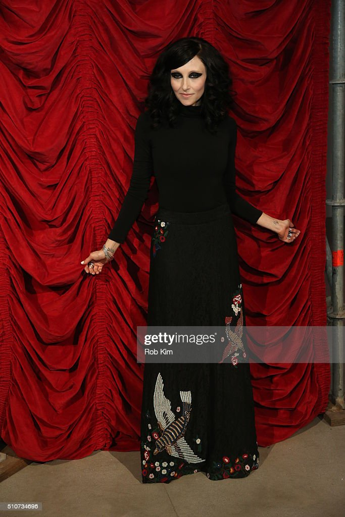 Designer Stacey Bendet (C) poses with models at the alice + olivia by Stacey Bendet Fall 2016 presentation at The Gallery, Skylight at Clarkson Sq on February 16, 2016 in New York City.