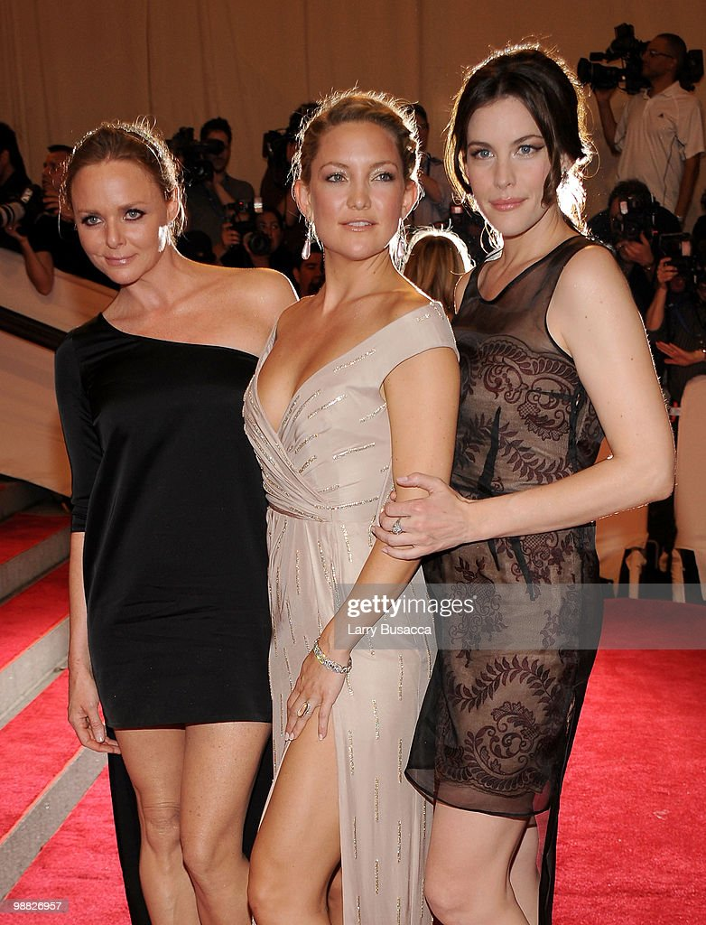 Designer Stella McCartney, actress Kate Hudson and actress Liv Tyler attend the Costume Institute Gala Benefit to celebrate the opening of the 'American Woman: Fashioning a National Identity' exhibition at The Metropolitan Museum of Art on May 3, 2010 in New York City.