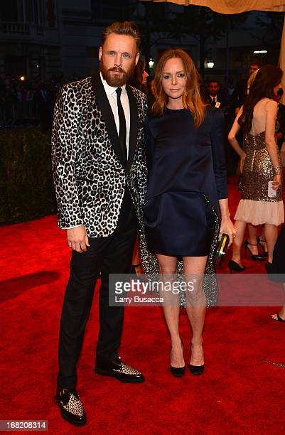 Designer Stella McCartney and Alasdhair Willis attend the Costume Institute Gala for the 'PUNK Chaos to Couture' exhibition at the Metropolitan...