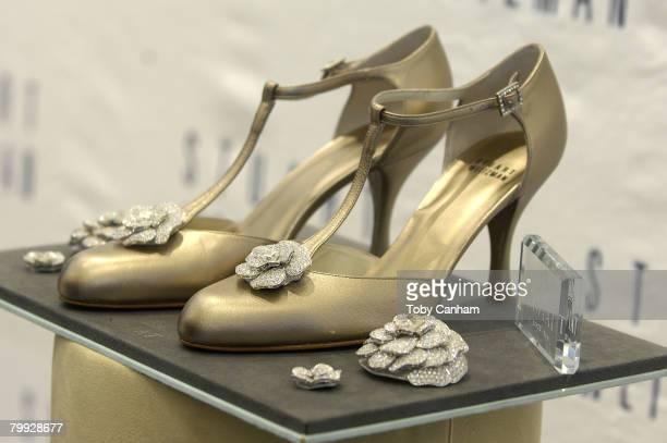 "Designer Stuart Weitzman unveils his ""Retro Rose"" shoe studded with over $1 million worth of Kwiat diamonds designed for Academy Award Nominee Diablo..."