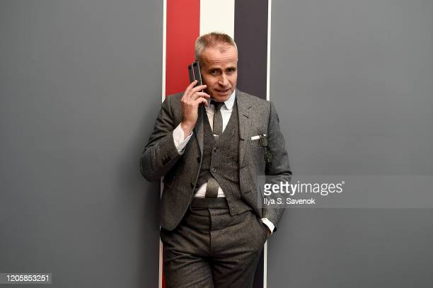 Designer Thom Browne demonstrates the new Samsung Galaxy Z Flip Thom Browne Edition in a groundbreaking foldable smartphone experience with sartorial...