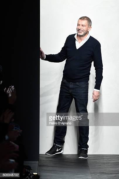 Designer Tomas Maier walks the runway after the Bottega Veneta show during Milan Men's Fashion Week Fall/Winter 2016/17 on January 17 2016 in Milan...