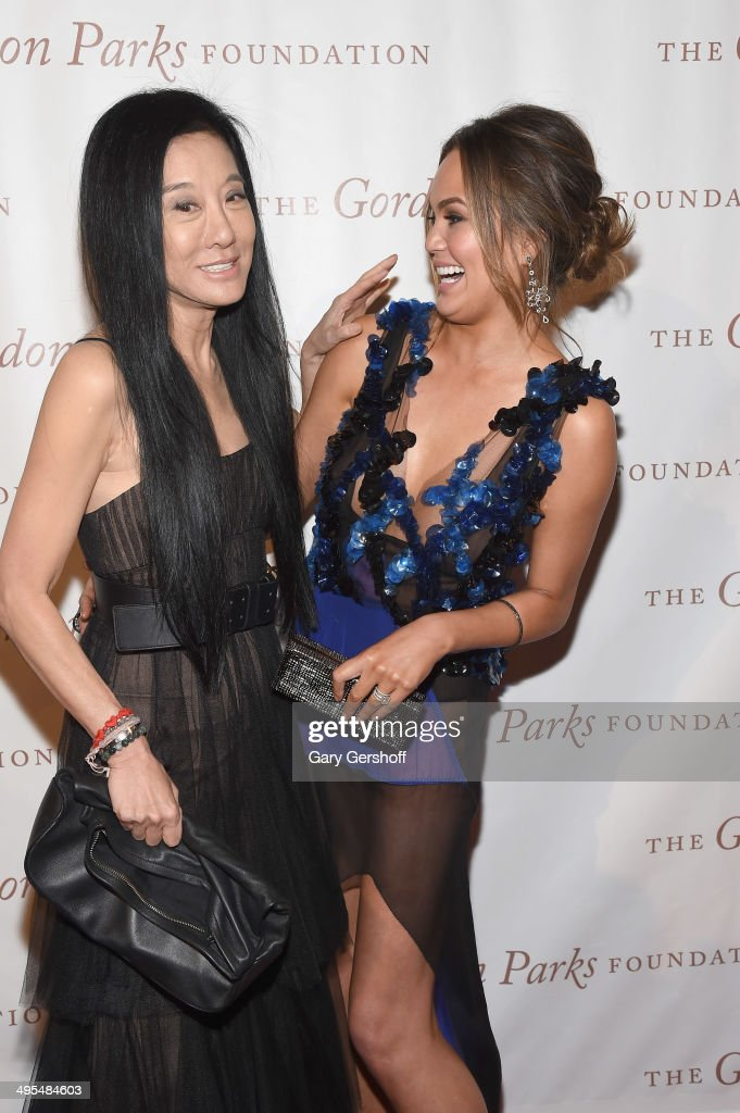 Designer Vera Wang (L) and model Chrissy Teigen attend the 2014 Gordan Parks Foundation Awards Dinner & Auction at Cipriani Wall Street on June 3, 2014 in New York City.