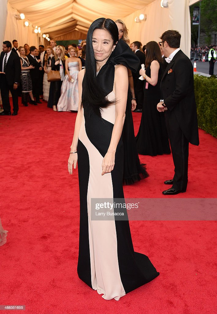 """Charles James: Beyond Fashion"" Costume Institute Gala - Arrivals : News Photo"