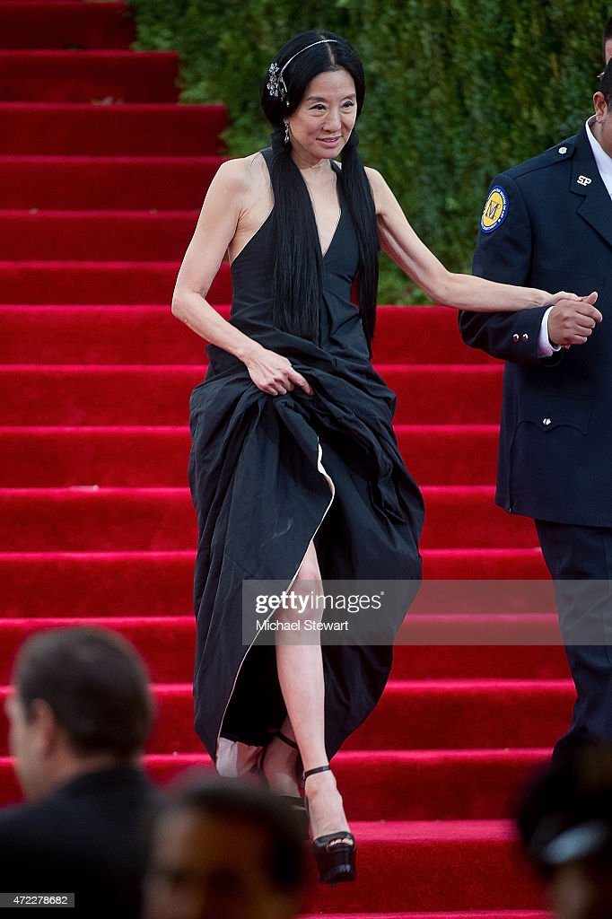"""China: Through The Looking Glass"" Costume Institute Benefit Gala - Outside Arrivals : News Photo"