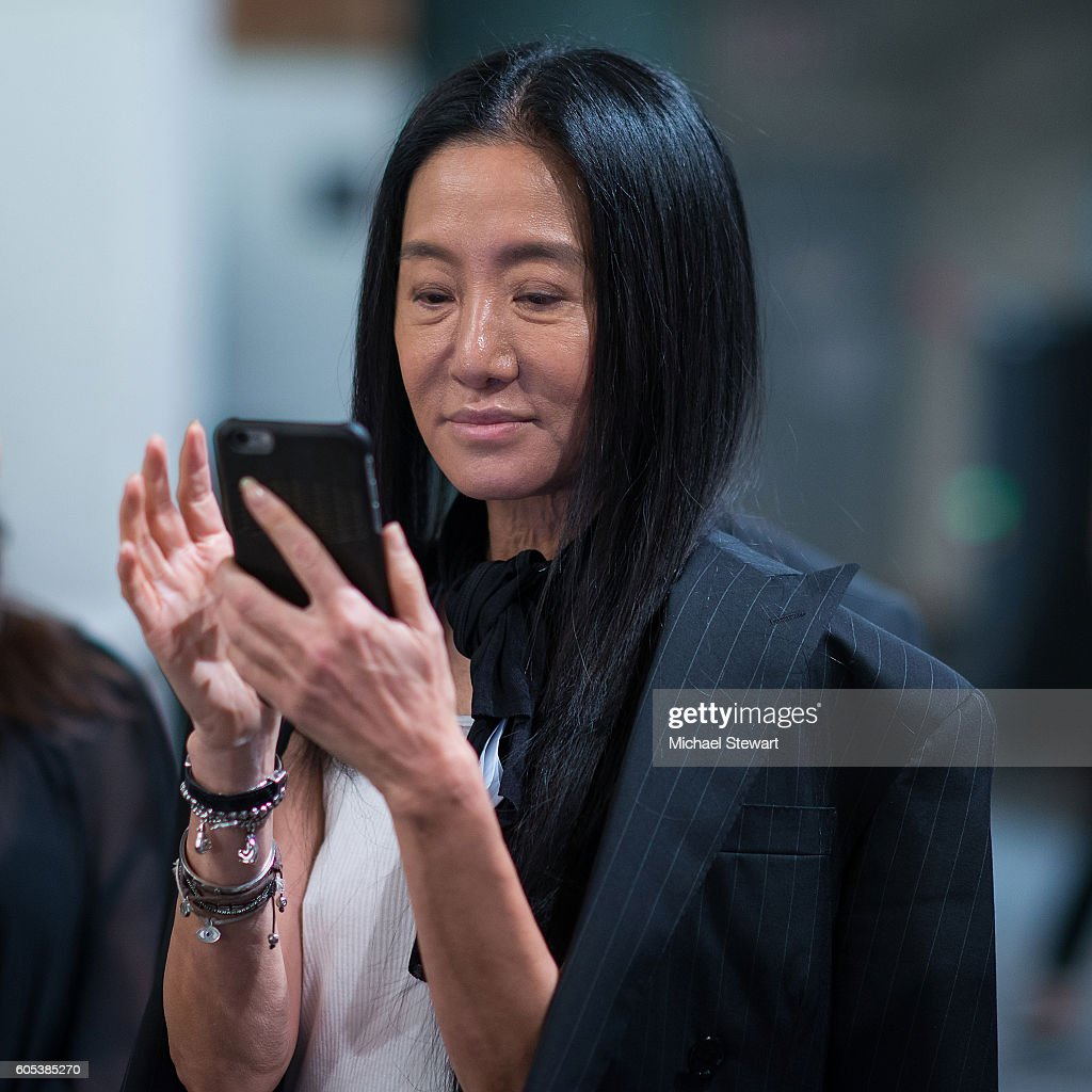 Vera Wang Collection - Front Row & Backstage - September 2016 New York Fashion Week: The Shows : News Photo