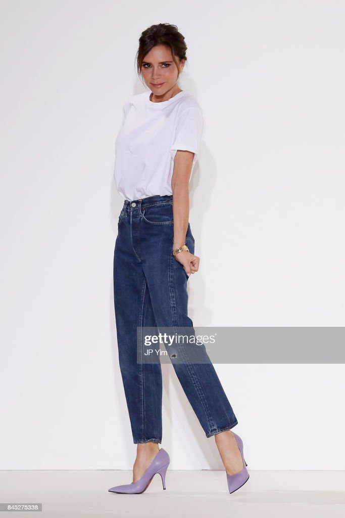 Victoria Beckham - Runway - September 2017 - New York Fashion Week