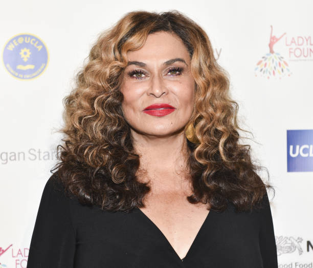 What Weave? Tina Knowles Shows Off Beyonce's Real Waist ...