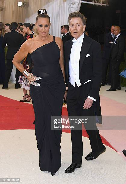Designers Donna Karen and Calvin Klein attend the Manus x Machina Fashion In An Age Of Technology Costume Institute Gala at Metropolitan Museum of...