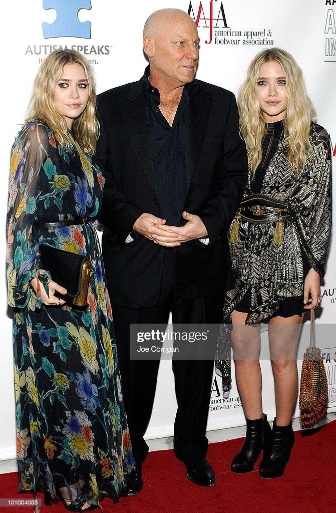 Designers Mary Kate Olsen Steve Madden And Ashley Olsen Attend The