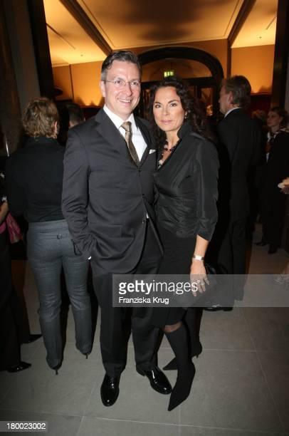 Designiner Anna Von Griesheim Und Andreas Marx Bei Der Eröffnung Des Hotel De Rome In Berlin