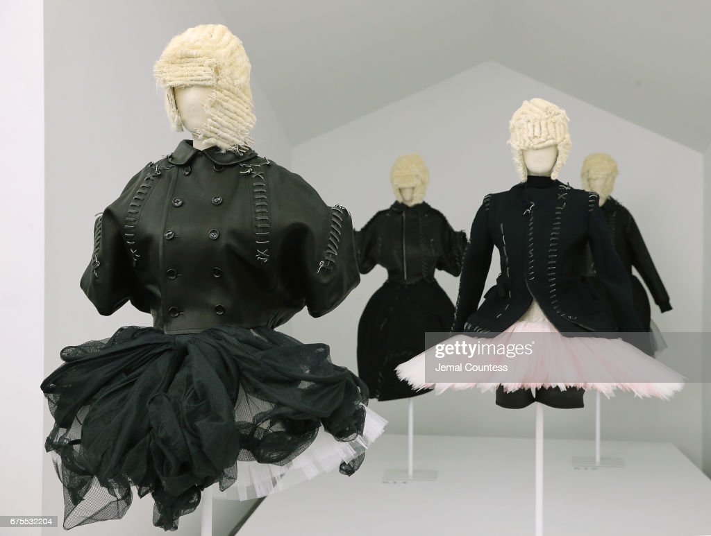 'Rei Kawakubo/Comme des Garcons: Art Of The In-Between' Costume Institute Gala - Press Preview : ニュース写真