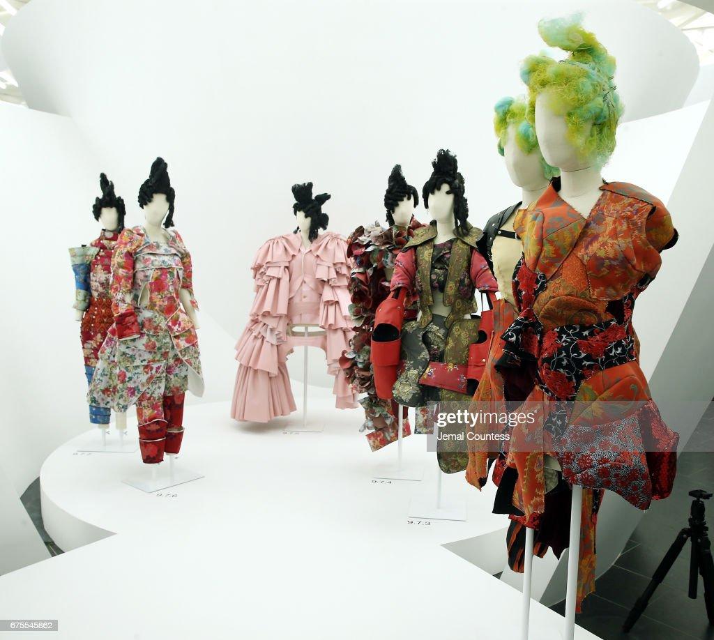 """Rei Kawakubo/Comme des Garcons: Art Of The In-Between"" Costume Institute Gala - Press Preview : ニュース写真"
