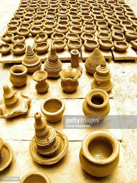 designs in clay - hema narayanan stock pictures, royalty-free photos & images