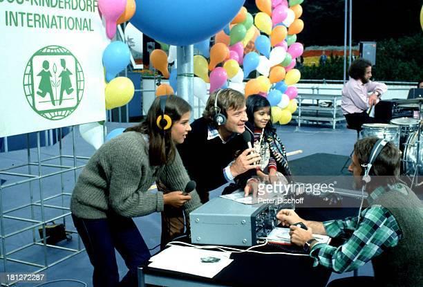 Desiree Nosbusch Georg Bossert Internationale Funkaustellung Berlin Deutschland Europa Benefiz Charity Sammlung Spenden zu Gunsten der...