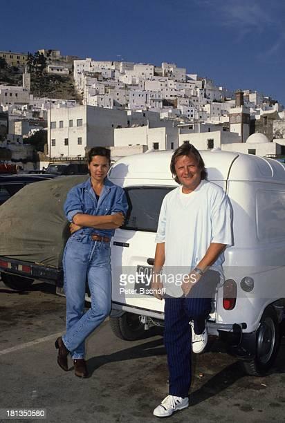 Desiree Nosbusch Lebensgefährte Georg Bossert Tanger Marokko Auto Jeans JeansHemd Urlaub Lebensgefährtin Schauspielerin Sängerin Showmasterin