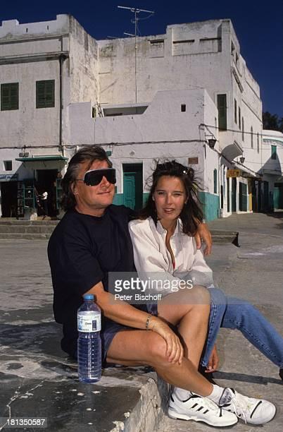 Desiree Nosbusch Lebensgefährte Georg Bossert Tanger Marokko Brille Sonnenbrille Wasser Flasche Jeans Urlaub Lebensgefährtin Schauspielerin Sängerin...