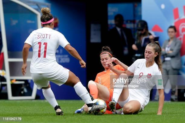 Desiree Scott of Canada Women Merel van Dongen of Holland Women Jordyn Huitema of Canada Women during the World Cup Women match between Holland v...