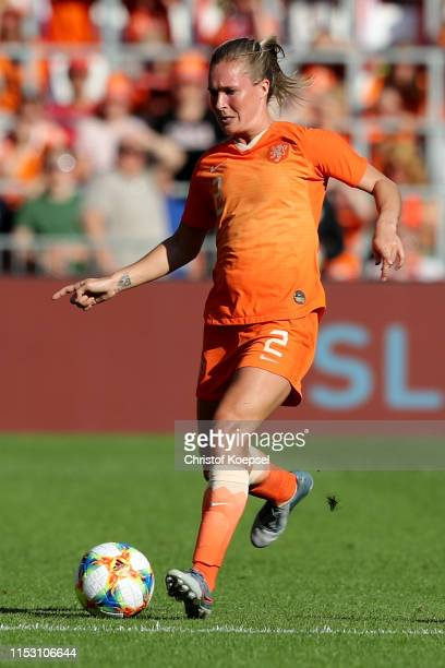 Desiree van Lunteren of Netherlands runs with the ball during the international friendly match between Netherlands Women and Australia Women at...