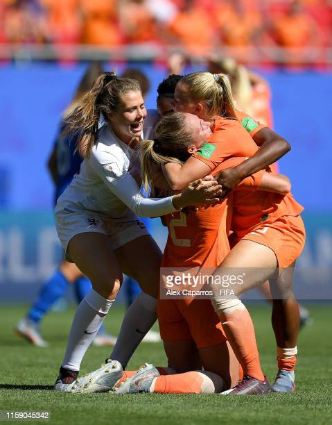 Desiree Van Lunteren of the Netherlands celebrates with teammates Kika Van Es, Lize Kop and Liza Van Der Most after the 2019 FIFA Women's World Cup...