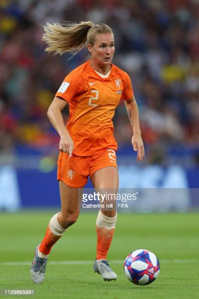 Desiree Van Lunteren of the Netherlands runs with the ball during the 2019 FIFA Women's World Cup France Semi Final match between Netherlands and...