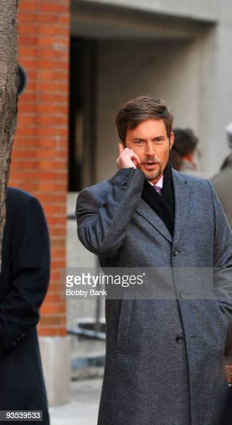 Desmond Harrington on location for Gossip Girl on the streets of Manhattan on December 1 2009 in New York City