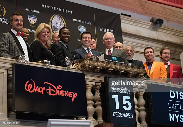 Desmond Howard, Rece Davis, Jim Byrne and George Zimmer ring the NYSE opening bell at New York Stock Exchange on December 15, 2015 in New York City.