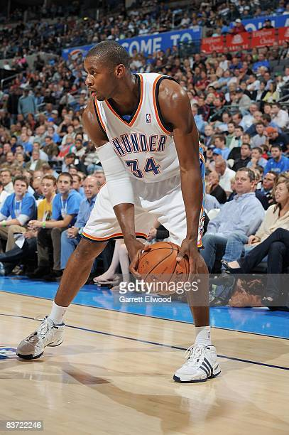 Desmond Mason of the Oklahoma City Thunder moves the ball to the basket during the game against the Boston Celtics on November 5 2008 at the Ford...