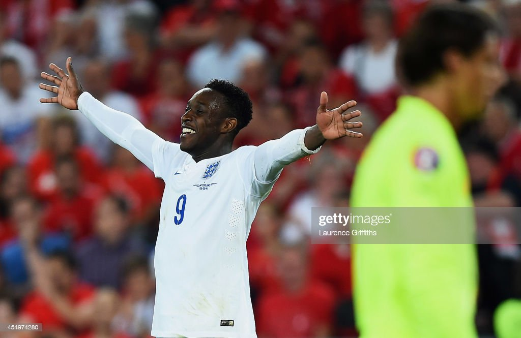Switzerland v England - UEFA EURO 2016 Qualifier : News Photo