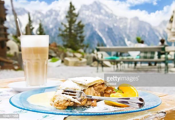 Dessert de montagnes alpines.