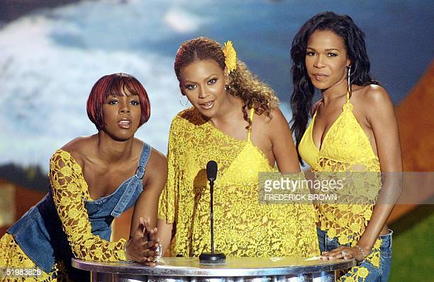 Destiny's Child is shown on stage during taping of the Teen Choice Awards 2001 at the Universal Amphitheater 12 August 2001 in Los Angeles California...