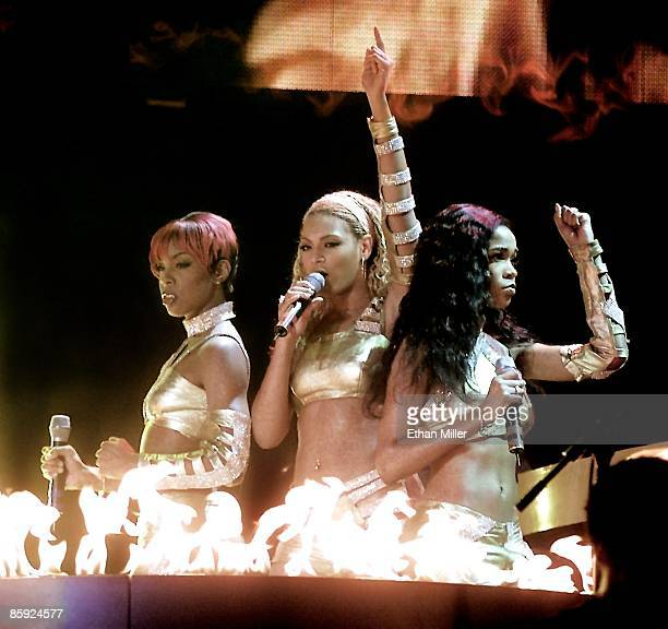 Destiny's Child Kelly Rowland Beyonce Knowles and Michelle Williams performs during a soldout show as the group headlines MTV's TRL tour at the...