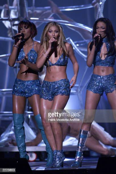 Destiny's Child performs at The 43rd Annual Grammy Awards at The Staples Center Los Angeles CA Feb 21 2001