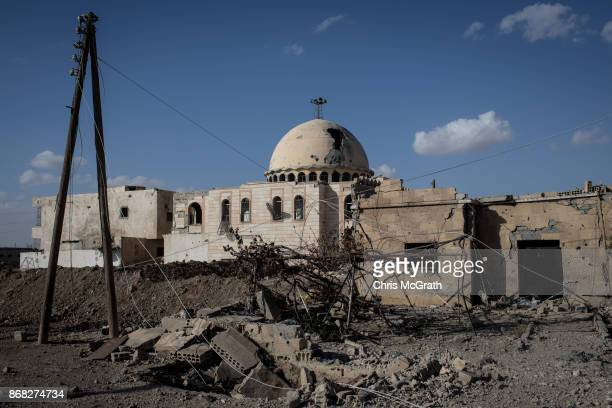 A destroyed mosque is seen in the western neighborhood of Jazrah on the outskirts of Raqqa on October 30 2017 in Raqqa Syria Following three and a...