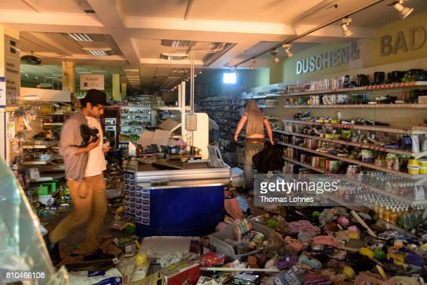 A destroyed supermarket pictured during demonstrations against the G20 Summit in the Schanzenviertel district on July 7 2017 in Hamburg Germany...