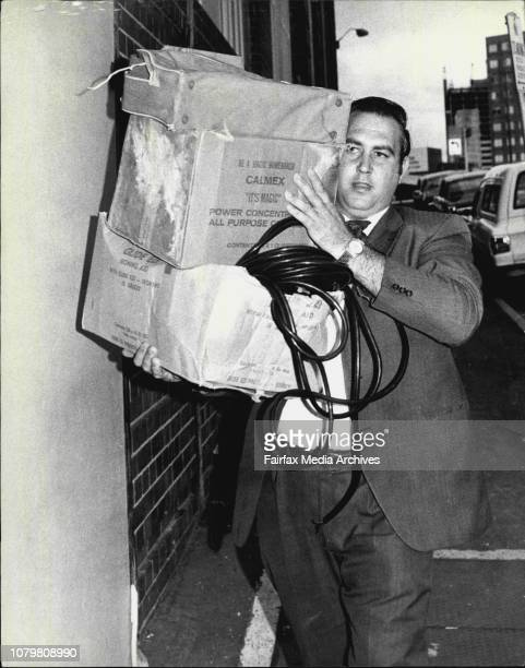 Det Senior Con Alf Peate CIBA detective carries contains into CIB November 26 1972