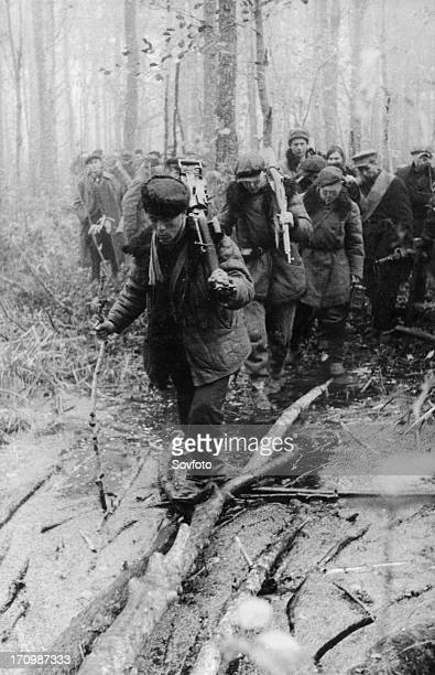 A detachment of byelorussian partisans on a combat assignment in the pinsk marshes january 1944 world war 2