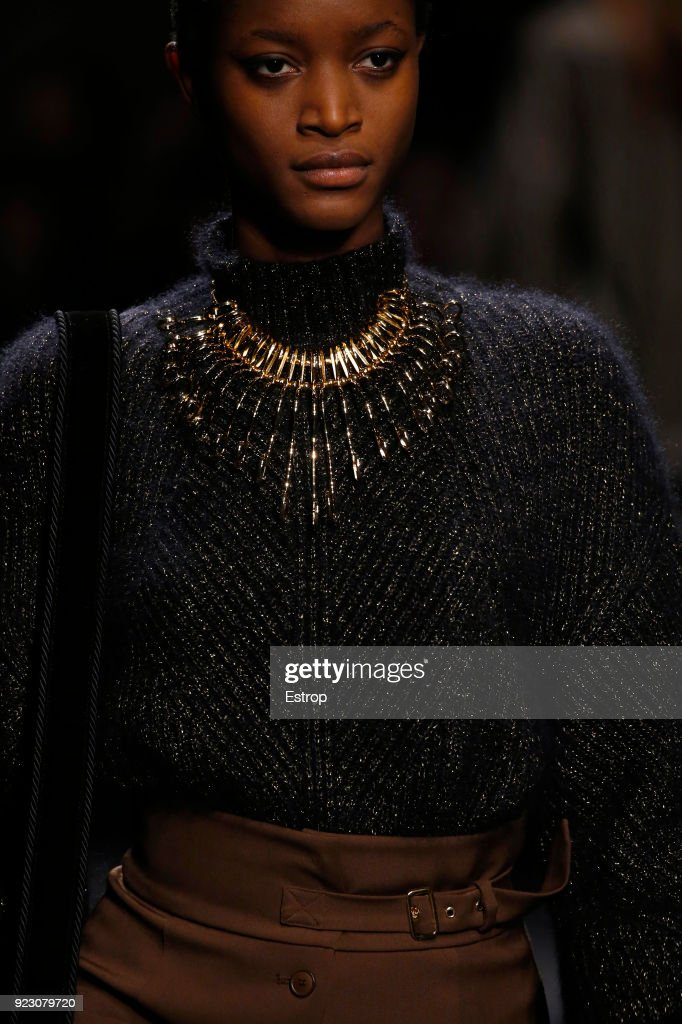 Alberta Ferretti - Details - Milan Fashion Week Fall/Winter 2018/19 : Photo d'actualité