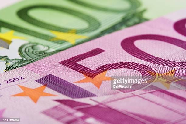 Detail von 100,-EUR und 500 Euro Schein.