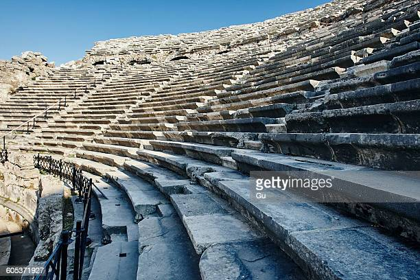 detail of aspendos amphitheatre, antalya, turkey - antalya stock-fotos und bilder