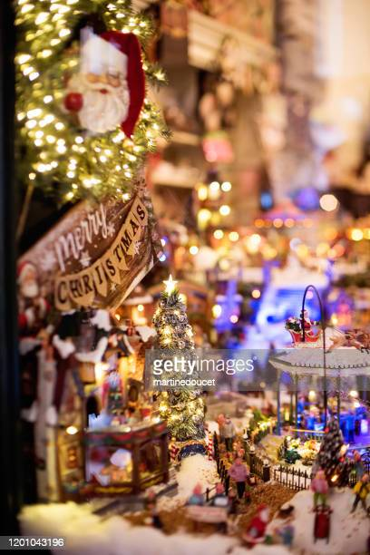 "detail of christmas store window in the city of bologna, italy. - ""martine doucet"" or martinedoucet stock pictures, royalty-free photos & images"