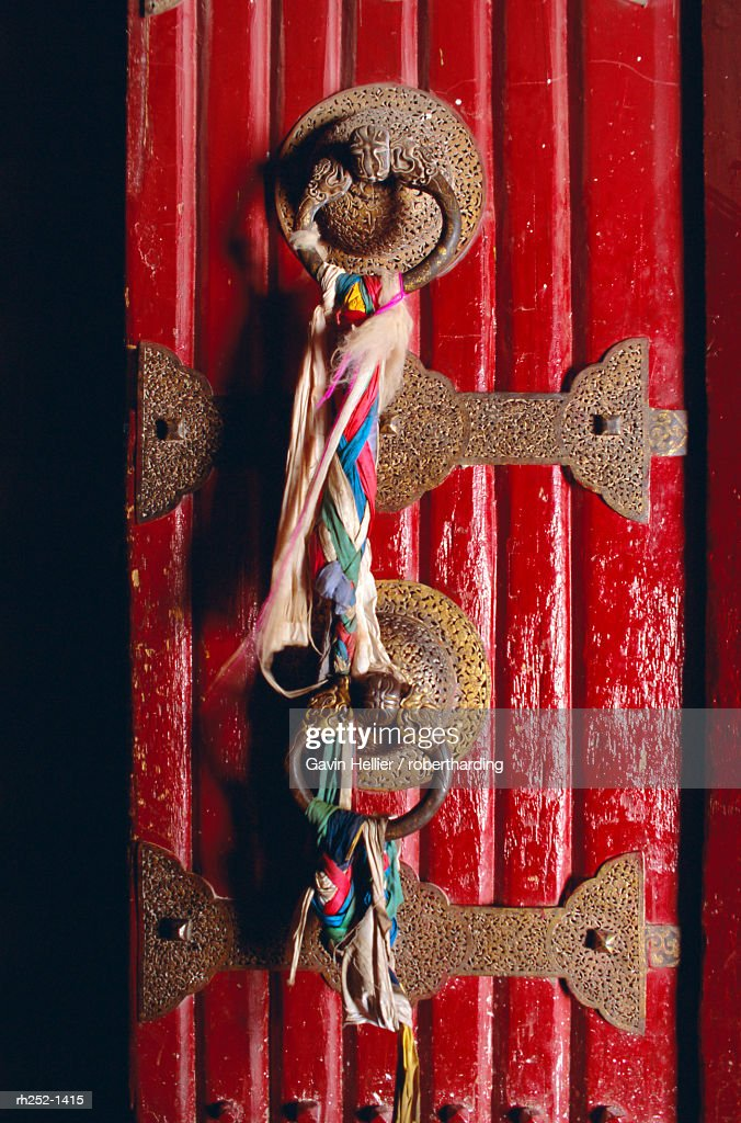 Detail of main door, Potala palace, Lhasa, Tibet, China, Asia : Foto de stock