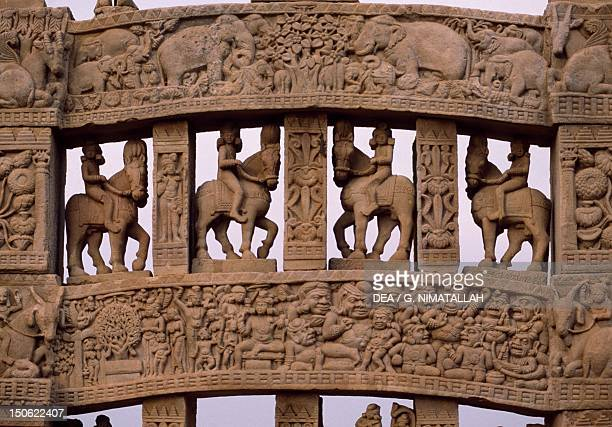 Detail of reliefs of the north gate of the Stupa I in Sanchi India Indian civilization 1st century BC