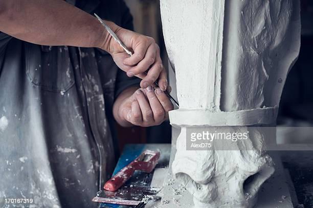 ディテールの彫刻家のしっくい細工のモデル - 彫刻家 ストックフォトと画像