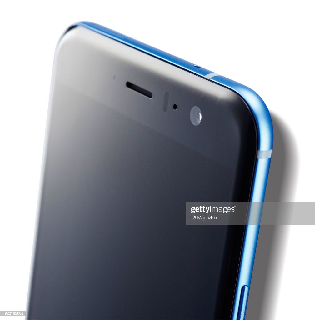Detail of the 12-megapixel rear camera on a HTC U11 smartphone, taken on June 7, 2017.