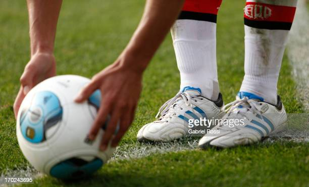Detail of the ball during a match between River Plate and Independiente as part of the Torneo Final 2013 at the Monumental Vespusio Liberti Stadium...